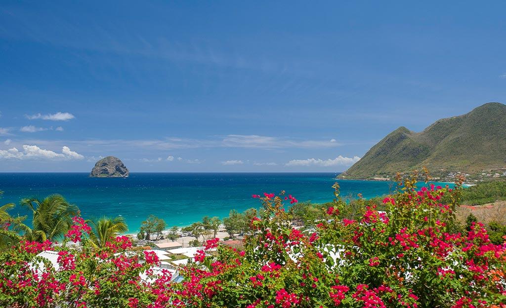 LocationsPiratiCaraibi-Granadine-catamarano